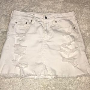 White high waisted stretch denim skirt